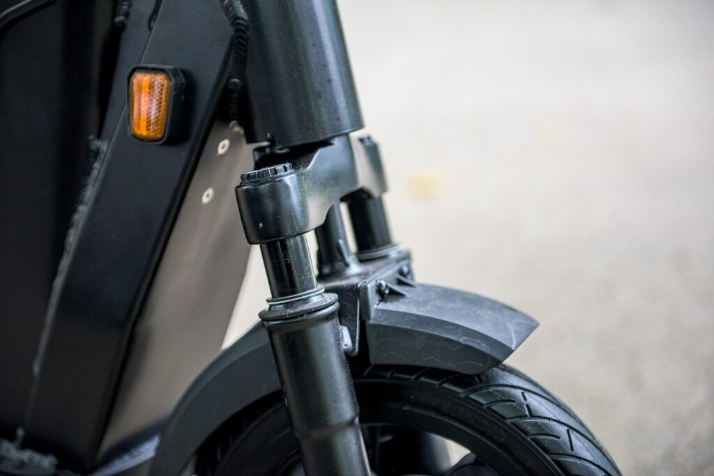 Tier Four e-scooter front suspension