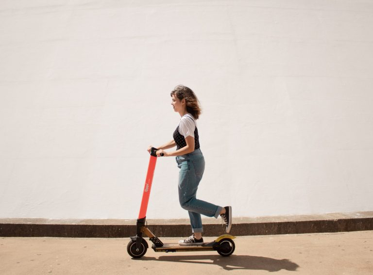 Private e-scooters not illegal in 80% of countries, Halfords research finds